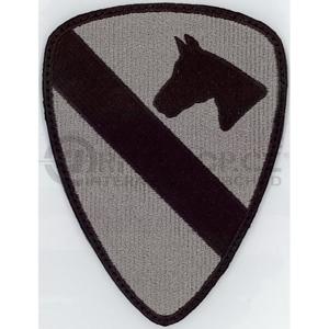 Nášivka: Divize jízdní 1. (First Cavalry) šedá | černá